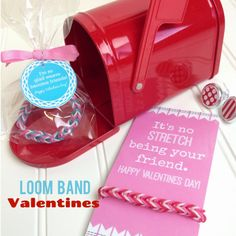 Rainbow Loom Valentines & free printable from The Crafted Sparrow
