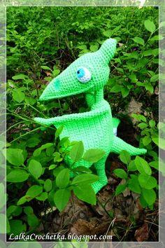 Little Dinosaur 'Dinopociąg' Tiny Dinosaur, Dinosaur Train, Crochet Animals, Malaga, Crochet Dolls, Free Pattern, Knitting Patterns, Crafty, Toys
