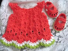 Crochet Baby Girl Ten FREE crochet dress patterns by The Lavender Chair - These baby dress crochet patterns are absolutely adorable and perfect to make for your little one! Did i mention that they are FREE? Crochet Gratis, Knit Crochet, Booties Crochet, Baby Booties, Watermelon Dress, Watermelon Baby, Häkelanleitung Baby, Baby Set, Baby Boys