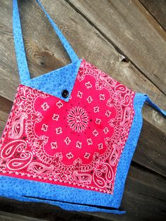 Childrens Bandana Four Corners Apron, cute idea for bandanas, especially fave or souvenir ones.