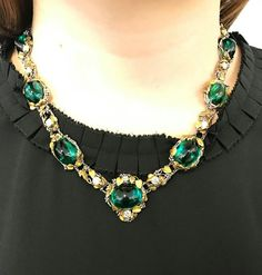 #christiesjewels #louiscomforttiffany #necklace #coloredstone #tourmaline #artnouveau How wonderful to see a great collection of Louis Comfort Tiffany Jewellery will be offered at New York Magnificent Jewels