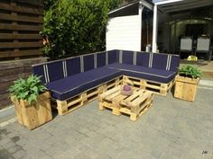 Pallet Yard Furniture: Pallet sofa outdoor