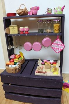 Woodworking For Kids Mini cocina para niños, con palets Pallet Crafts, Diy Pallet Projects, Projects For Kids, Diy For Kids, Wood Projects, Pallet Ideas, Crafts For Kids, Wood Ideas, Project Ideas