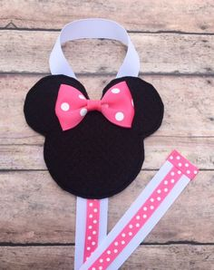 Mouse with a Pink Bow Hair Clip Holder Pink Minnie by leilei1202