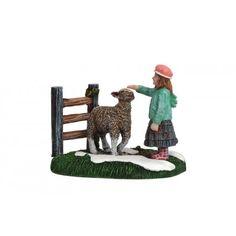 Luville Kara with Sheep, meisje met schaap. Felinaworld.com