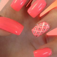 Coral with accent nail The color. Don't care too much about design.