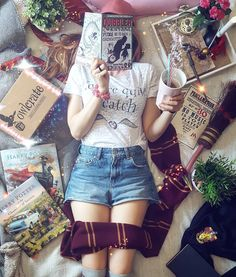 "3,827 curtidas, 27 comentários - Bookmarks and Badges (@boookmarky) no Instagram: ""Summer news Have you ordered July @owlcrate box yet? If you dont you totally should. July theme…"""