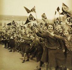 Nazi girls. HitlerJugend