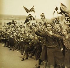 Nazi girls. HitlerJugend