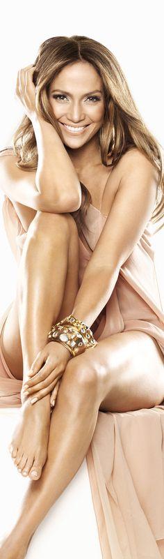 Jennifer Lopez du groupe mariek models design et creatrice d'entreprises