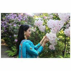 If you judge people, you have no time to love them . Love more ,judge less Nimrat Khaira Suits, Punjabi Models, Punjabi Fashion, Women's Fashion, Embroidery Suits Design, Good Poses, Landscape Wallpaper, Punjabi Suits, Salwar Suits