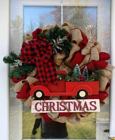 Old-Fashioned Truck and Burlap Wreath
