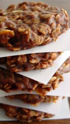 No Bake Chocolate Oatmeal Cookies Recipe ~ they're kinda fudgey and sweet, have great chocolate taste and they're loaded with oatmeal.