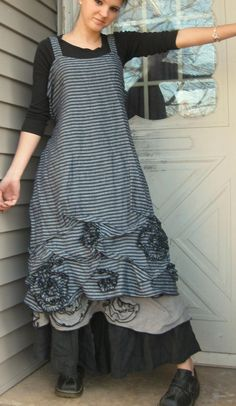 Apron Style Dresses – Home Grown Fashion For You | http://fashion.ekstrax.com/2015/04/apron-style-dresses-home-grown-fashion-for-you.html