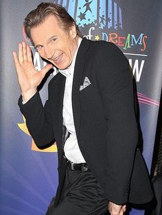 Liam Neeson is so goofy but still adorable. Liam Neeson, Famous Celebrities, Celebs, Cinema, Radio City Music Hall, Star Track, Talent Show, Irish Men, Director