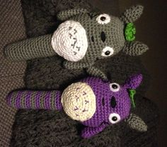 gratis opskrift på Hæklet Totoro maracas.
