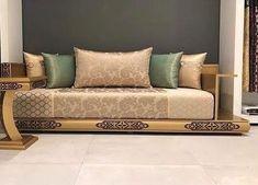 Living Room Decor Blue Sofa, Moroccan Decor Living Room, Moroccan Room, Dining Room Table Decor, Elegant Living Room, Bedroom Decor, Home Room Design, Living Room Designs, Cama Box