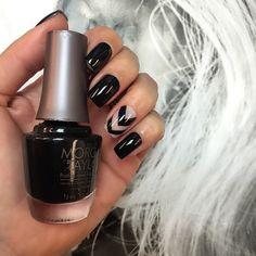 Unhas da Semana: Little Black Dress da Morgan Taylor