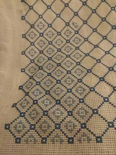 Cross Stitch Borders, Cross Stitch Designs, Cross Stitch Patterns, Cross Stitch Embroidery, Hand Embroidery, Cushions, Pillows, Needlepoint, Diy And Crafts