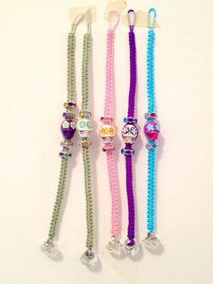 sugar skull macrame bracelet!! Must find some sugar skull beads!!