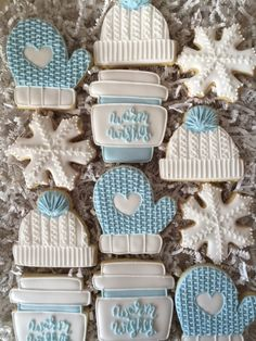 Christmas Sugar Cookies, Christmas Cupcakes, Christmas Sweets, Christmas Mood, Holiday Cookies, Holiday Treats, Iced Cookies, Royal Icing Cookies, Fun Cookies