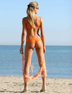 step-by-step recipe - for a glowing, cellulite-free skin. This is effective I WANT THIS BUTT TOO! Bikini Modells, Bikini Beach, Bikini Girls, Bikini Fishing, Daily Bikini, Cellulite Cream, Anti Cellulite, Fishing Girls, Women Fishing