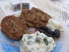 Organically Cooked: Cheap 'n' Greek 'n' frugal: Atherina fritters (Τηγανίτες με αθερίνα)