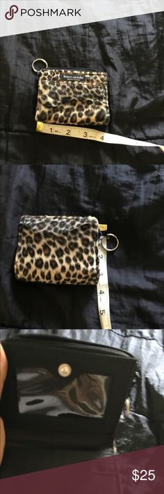 Kate spade coin card holder 👒 Cain be hooked to a key chain like new👒 kate spade Accessories Key & Card Holders