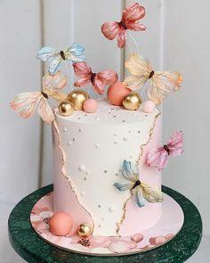 Elegant Birthday Cakes, Baby Birthday Cakes, Beautiful Birthday Cakes, Birthday Cake Designs, Brithday Cake, Beautiful Cake Designs, Beautiful Cakes, Amazing Cakes, Butterfly Birthday Cakes
