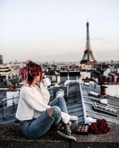 Paris Photography, Autumn Photography, Girl Photography Poses, Travel Photography, Dresses For Teens Dance, Luanna Perez, Mode Grunge, Paris Wallpaper, Emotional Photography