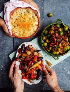 I decided to show you 3 beautiful Christmas vegetable side dishes that are packed full of incredible flavours. They are also really simple to make. Cauliflower Cheese, Vegan Christmas, Christmas Meals, Christmas Time, Xmas, Sprouts With Bacon, Vegetable Sides, Side Recipes, Holiday Recipes