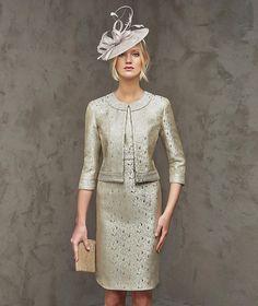 Fenda, vestido de festa curto, decote redondo
