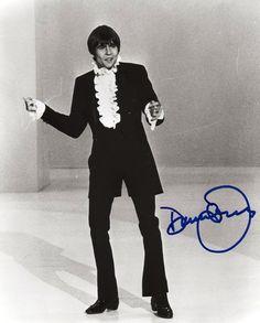 Davy Jones of The Monkees - Autographed photo. ☀ the famous dance. Davy Jones Monkees, The Monkees, Thomas Jones, David Jones, My Only Love, First Love, Michael Nesmith, Peter Tork, No One Loves Me