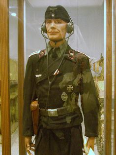uniforms if the panzer troops | Unterofficier (Sergeant) Panzer Uniform of the Wehrmacht ...