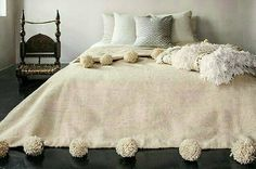 ✼ Moroccan Pom pom Blanket, WOOL ✼ 100% natural organic Hand-spun Handwoven on Wooden Looms. Handmade For All .. Handmade With Love  For cotton Blankets kindly check this listing : https://www.etsy.com/listing/265674582/promo-xl-king-bed-size-300-x-240-cm?ref=shop_home_listings  >>>> A Little about <<<< This beautiful soft Pom pom blanket made in Marrakesh by professional craftman, and he is a member of our shop, this lovely blanket is made with 100% pure wool, in order to warm your body in…