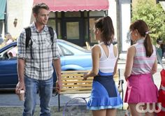 """Hart of Dixie -- """"Something to Talk About"""" -- Image Number: HA309a_0355b.jpg -- Pictured (L-R): Wilson Bethel as Wade, Rachel Bilson as DR. Zoe Hart and Lauren Bittner as Vivian -- Photo: Mike Yarish/The CW -- © 2013 The CW Network, LLC. All rights reserved."""