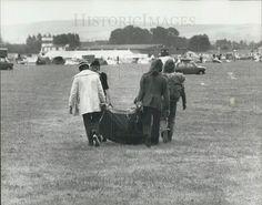 WATCH FIELD FREE HIPPIE FESTIVAL 1975