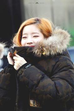 Twice Dahyun, Kpop Girls, Canada Goose Jackets, Jon Snow, Winter Jackets, Memes, Fictional Characters, Fashion, Jhon Snow