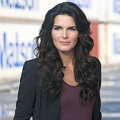 Google Image Result for http://www.nypost.com/rw/nypost/2010/08/22/entertainment/photos_stories/cropped/tvw_angie_harmon--300x300.jpg