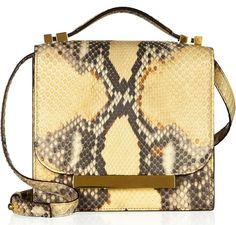 @bagsnob has a cool giveaway w/ net-a-porter going on! A $5,100 The Row bag!!!!