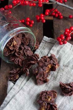 Quick Biscuit Recipe, Quick Biscuits, Christmas Biscuits, Christmas Baking, Christmas Cookies, Chocolate Coating, Melting Chocolate, 5 Ingredient Desserts, Chocolate Macaroons