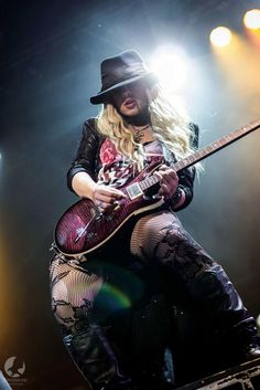 Orianthi / Guitar Queen