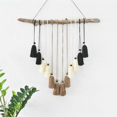 Boho glands Hanging Wall Decor par BroweenCo sur Etsy