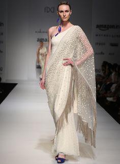 Rabani N Rakha Off White Lace Saree Gown