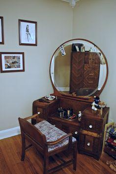 Waterfall vanity (see dresser in mirror!)