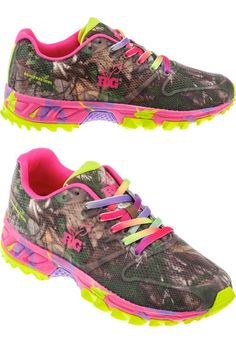 With a Realtree Xtra® camo pattern for a cool, outdoorsy look, the Realtree Girl Women's Mamba Rainbow Athletic Lifestyle Shoes feature flexible canvas and mesh uppers and cushioned, arch-supporting sock liners. Rubber outsoles with mini lugs provide grip. EVA midsoles. Lace closures. $34.99