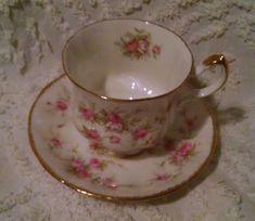 Vintage PARAGON Fine Bone China Victoriana England Rose Teacup & Saucer SWEET! #PARAGON