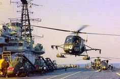 Westland Scout attached to 3 Commando Brigade Air Squadron landing on HMS Hermes off the coast of northern Norway on March 1970 Ww2 Aircraft, Military Aircraft, Royal Navy, Us Navy, Falklands War, British Armed Forces, Experimental Aircraft, Royal Air Force, British Army
