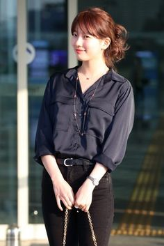 Suzy 180425 Incheon Airport heading to Hong Kong - myeasyidea sites Winter Dress Outfits, Casual Outfits, Suzy Bae Fashion, Women's Fashion, Miss A Suzy, Black Button Up Shirt, Airport Style, Airport Fashion, Bae Suzy