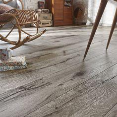 5 golv to die for! Engineered Wood Floors, Hardwood Floors, Linoleum Flooring, Wood Flooring, Grey Tiles, Grey Oak, Rocking Chair, Rustic Wood, Modern